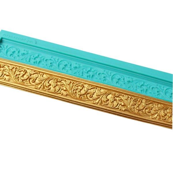 Mulaj-bordura-ornamentala